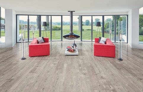 Weathered Heart Pine Floor LivingRoom